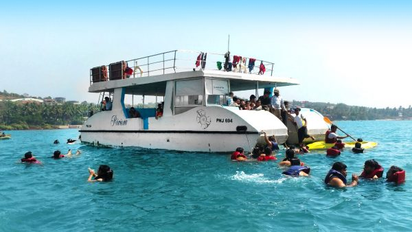 Cruise with Snorkeling