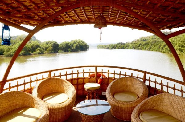 houseboat2