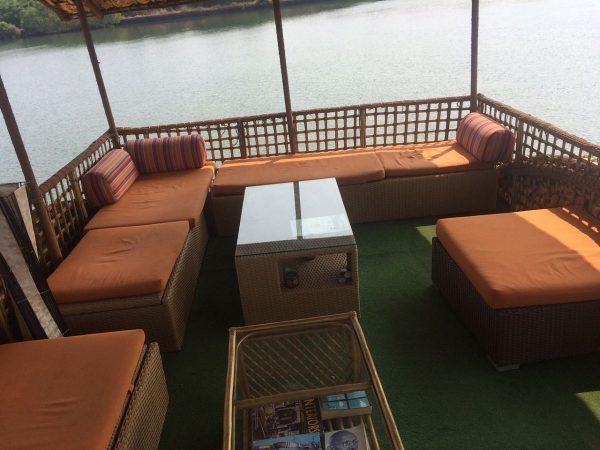 Houseboat Trip1